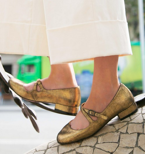 Chie Mihara Rajal Fall Winter collection 2017 2018 gold suede leather flat vintage style retro shoe