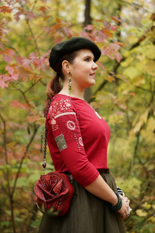 Winnipeg Style Fashion stylist, Canadian style blogger, April Cornell crimson red Hobo girl patches patched t shirt top, Chicwish green tulle skirt, Mary Frances red rose beauty and the beast bag purse, vintage style, fall leaves 2018