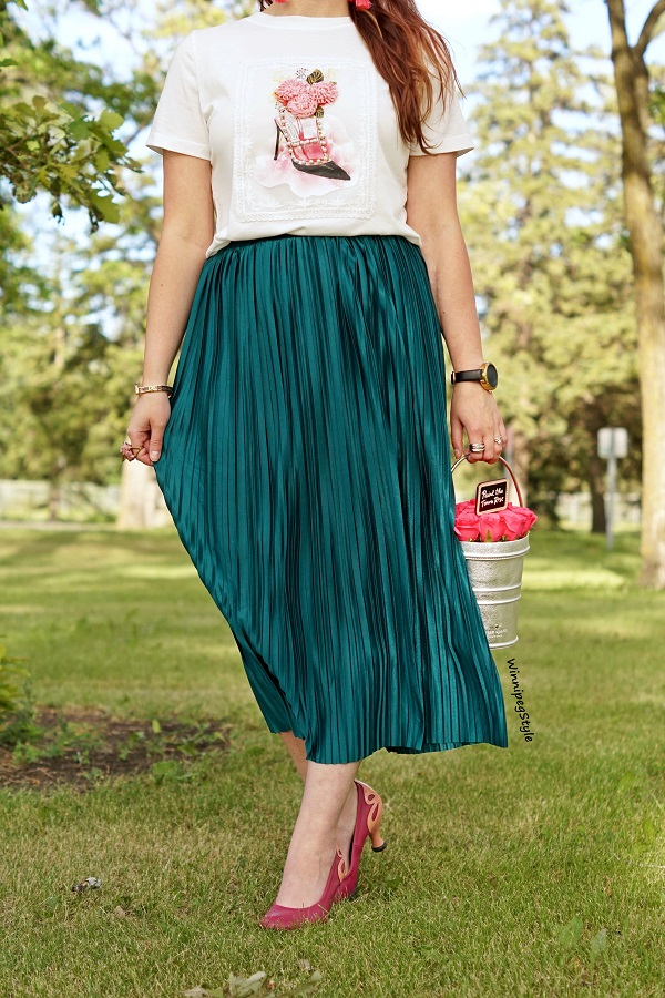 Winnipeg Style, Canadian women's fashion blog, stylist, Fashion Paradise clothing store, Embellished printed shoe t-shirt, Kate Spade Paint the Town Rose pail bag, Green satin crinkle skirt, John Fluevog pink Eleanor pumps